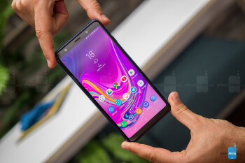 Samsung Galaxy A7 (2018) Review