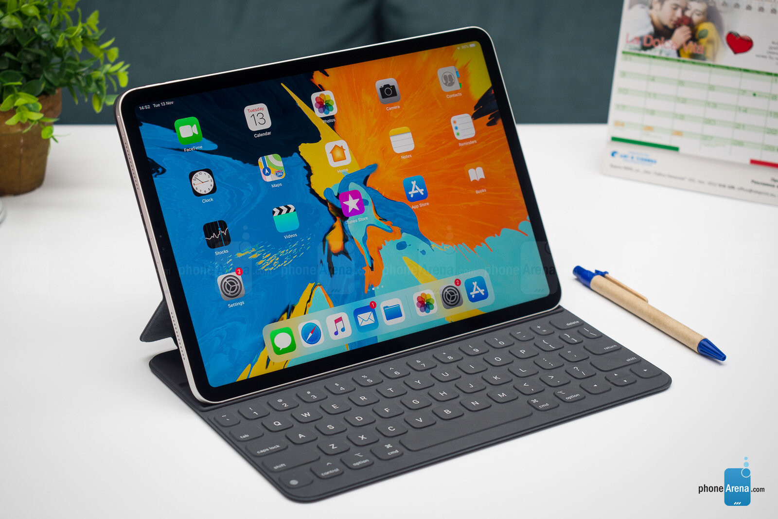 apple ipad pro 2018 review phonearena. Black Bedroom Furniture Sets. Home Design Ideas