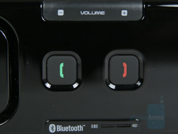 Accept and End/Reject Buttons - BlueAnt Supertooth Light Review