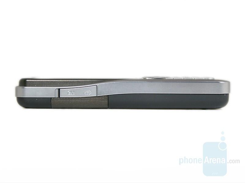 Memory Card Slot - Sony Ericsson K530 Review