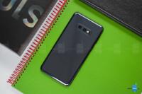 Samsung-Galaxy-S10e-Review015.jpg