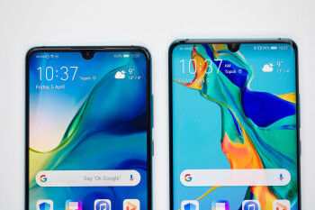 Huawei P30 on the left, P30 Pro -- on the right - Huawei P30 Review