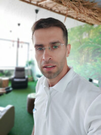 Samsung-Galaxy-A80-Review053-selfie-samples