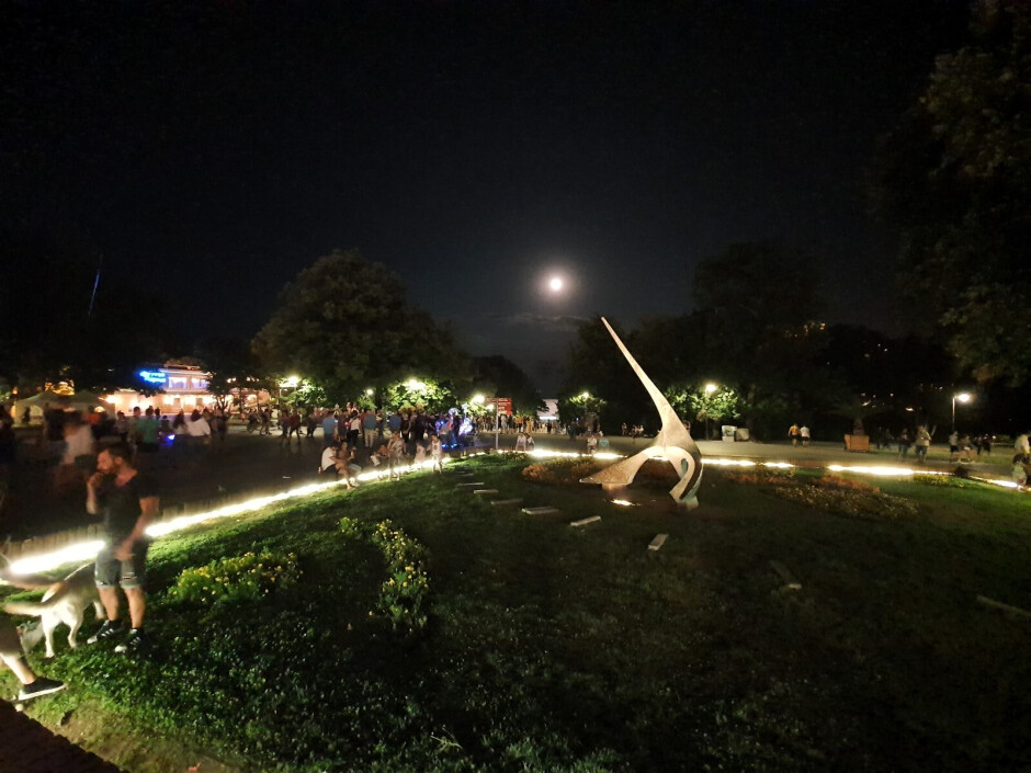 Ultra-wide lens, Night Mode OFF - Samsung Galaxy Note 10+ Review