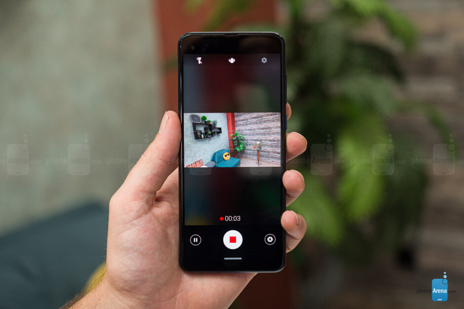 Motorola One Action Review: a phone with an action camera