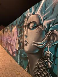 iPhone-graffiti2.jpg