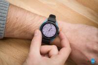 Emporio-Armani-Smartwatch-3-Review002