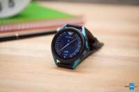 Emporio-Armani-Smartwatch-3-Review004
