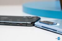 Galaxy-S20-vs-iPhone-11-Pro3.jpg