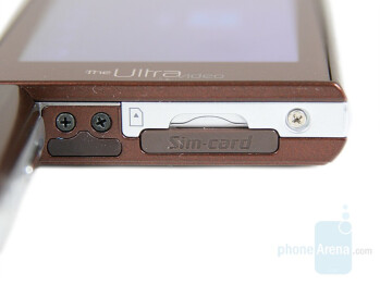 Sim Card Slot - Samsung SGH-F500 Review