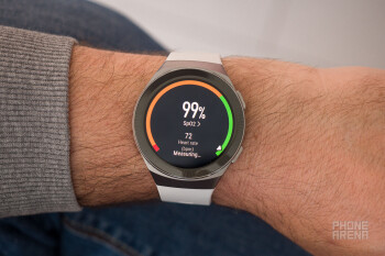 The Huawei Watch GT 2e pulse oximeter in action - Huawei Watch GT 2e review