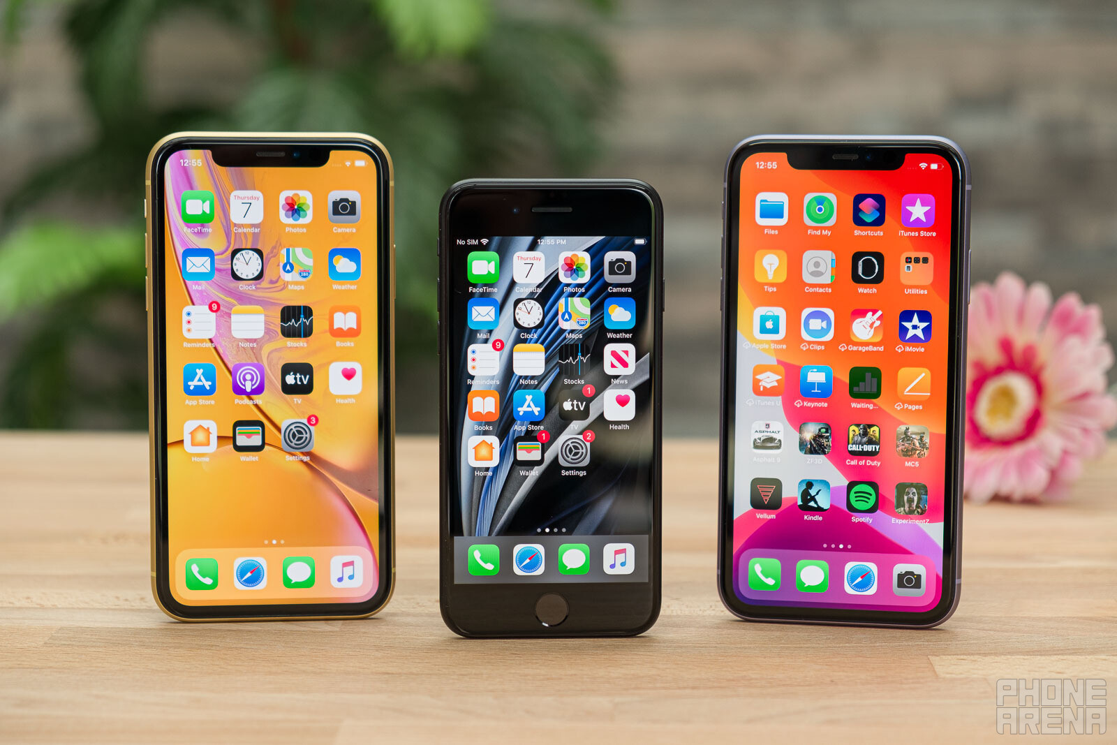 Apple-iPhone-SE-2020-vs-iPhone-XR-vs-iPhone-11-001.jpg