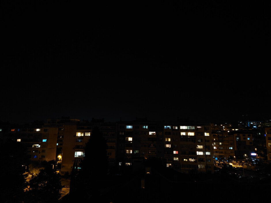 Night Mode OFF - Sony Xperia 1 II Review
