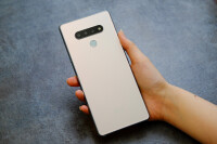 LG-Stylo-6-Review002