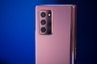 Samsung-Galaxy-Z-Fold-2-Review006