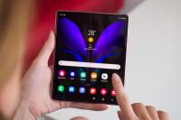 Samsung-Galaxy-Z-Fold-2-Review027
