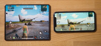 pub-g-gameplay-playing-on-galaxy-z-fold-2-vs-iphone