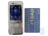 Nokia-N82-Review-Design-026.jpeg