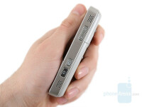 Nokia-N82-Review-Design-029.jpeg