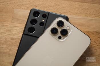 Samsung Galaxy S21 Ultra έναντι iPhone 12 Pro Max