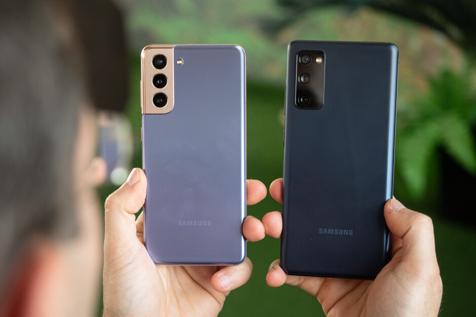 Galaxy S21 left, Galaxy S20 FE right - Samsung Galaxy S21 vs Galaxy S20 FE