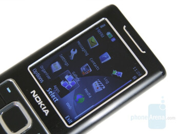 Display - Nokia 6500 classic Review