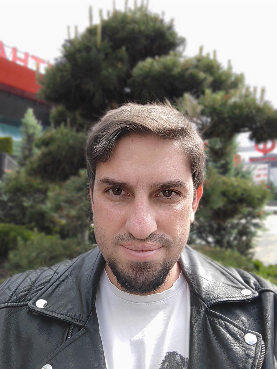Portrait selfie mode - Sony Xperia 10 III review