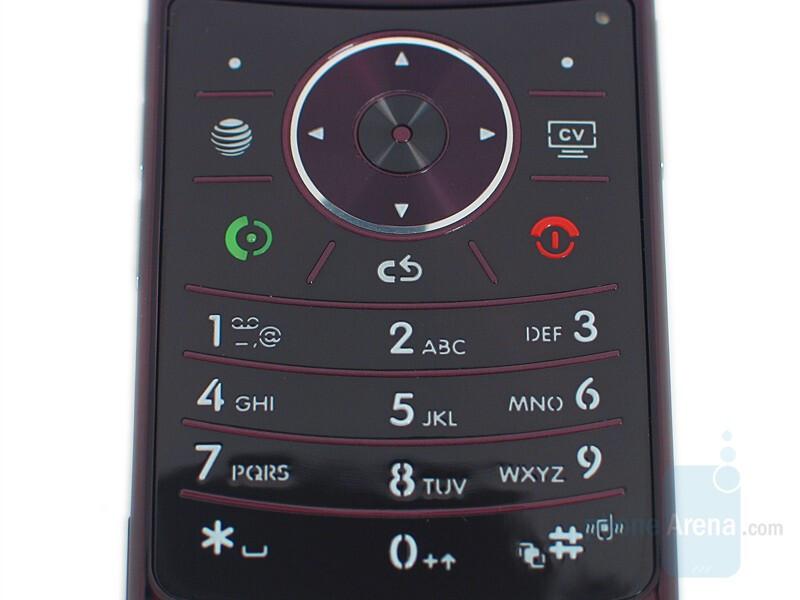 Keypad - Motorola RAZR2 V9 Review