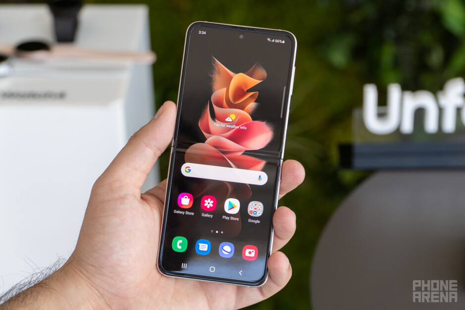 Samsung Galaxy Z Flip 3 review: the first mainstream foldable phone