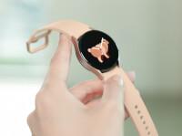 F0203-Fresh-Product07galaxywatch4handsonpinkgoldH