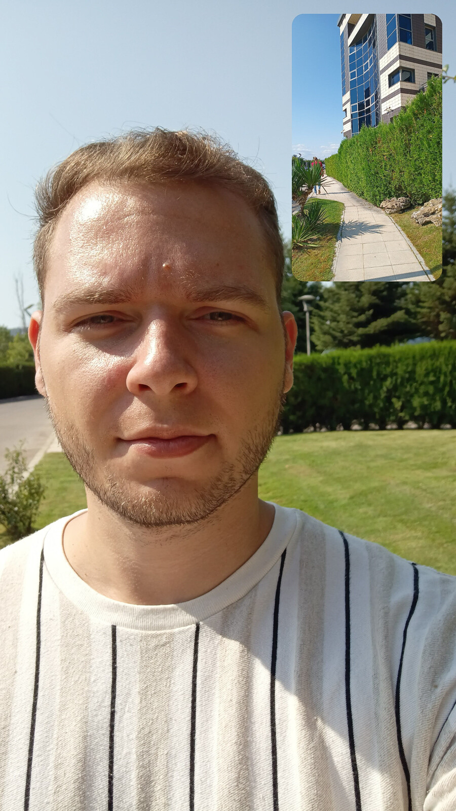 Front camera pictures - Motorola Edge 20 Lite review