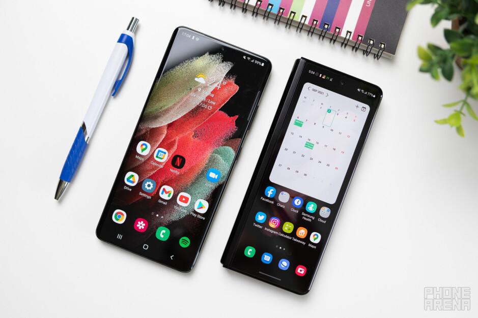 Samsung Galaxy Z Fold 3 vs Galaxy S21 Ultra: the S Pen war of '21