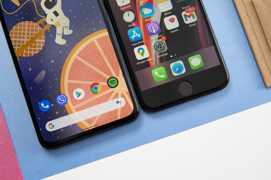 Google Pixel 5a vs Apple iPhone SE: which one should you choose?