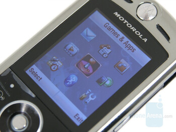 1.9 inches Display - Motorola SLVR L9 Preview