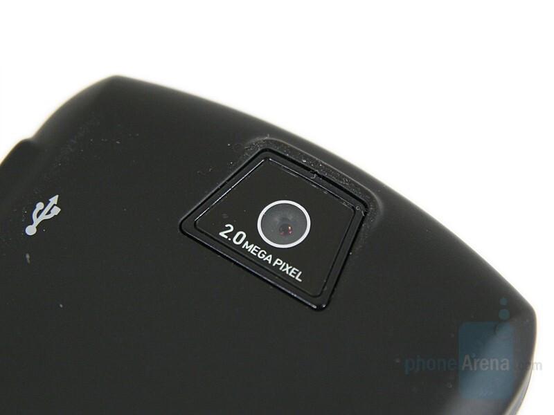 2 Megapixel Camera - Motorola SLVR L9 Preview