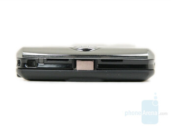 Top Side - Motorola SLVR L9 Preview