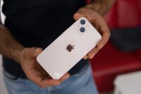 apple-iphone-13-pink-16