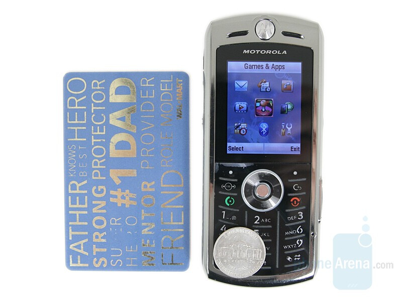 From Left to Right and Bottom to Top - Motorola L9, Nokia 6500 classic, Motorola U9 - Motorola SLVR L9 Preview