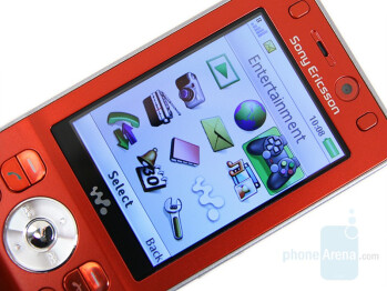 2.44 inches Display - Sony Ericsson W910 Review