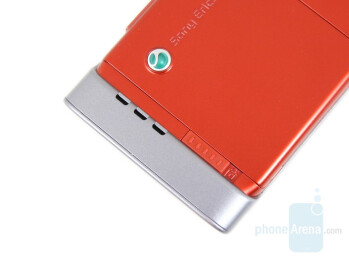 Back side - Sony Ericsson W910 Review