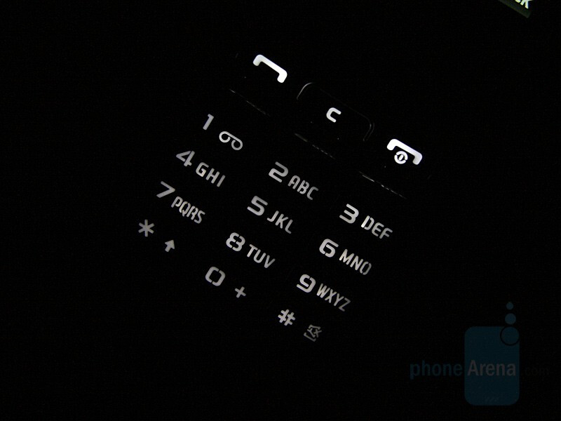 Backlight On - Samsung SGH-G800 Preview