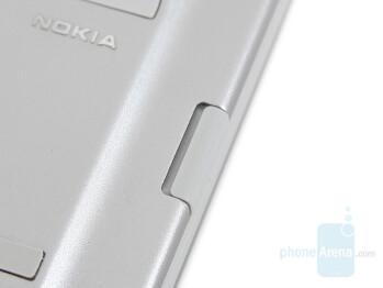 Release button - Nokia Wireless Keyboard SU-8W Review