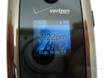 External display - Samsung Gleam Review