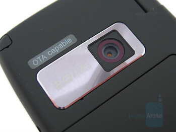 2MP camera - LG Voyager Review