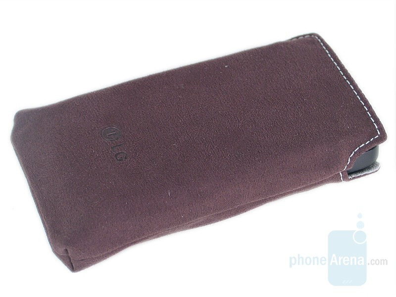 Carrying pouch - LG Venus Review