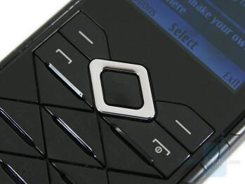Navigational D-Pad - Nokia 7900 Prism Review