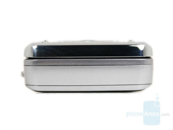 Bottom - Samsung SGH-G800 Review