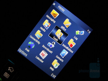 TFT Display - Nokia E51 Review