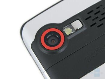 2 megapixel camera - Eten X800 Review