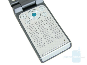 Keypad - Sony Ericsson W380 Preview